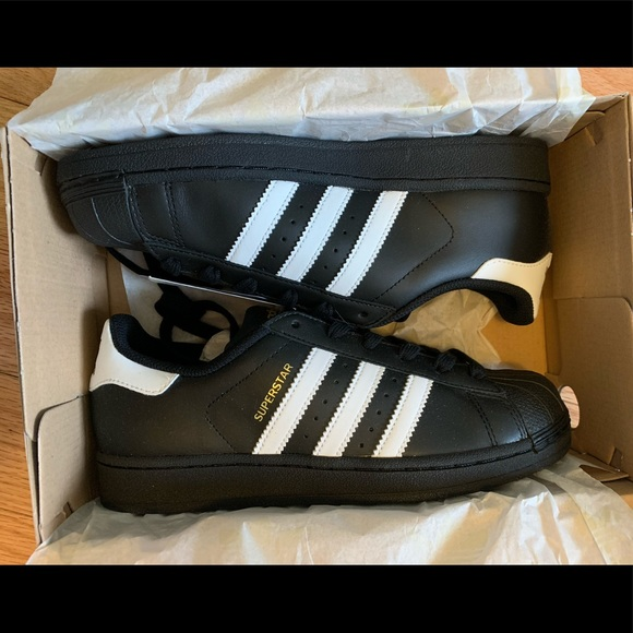 Black/white adidas superstars NWT
